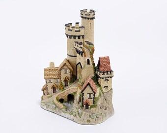 Castle Gate - David Winter - 1980's Vintage