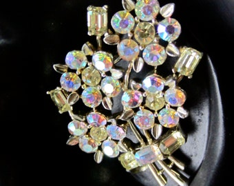 LISNER signed AURORA Borealis (AB) floral spray bouquet flower pin brooch ~pink & purple vintage costume jewelry