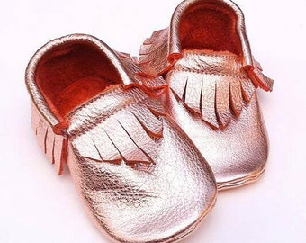 Baby Girl Shoes - Rose gold moccs - baby moccs - toddler moccs - soft sole baby shoes - leather moccs - moccasins - kids shoes - baby gift