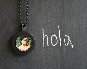 1930s Vintage Optician's Lens Pendant . NECKLACE . Hola