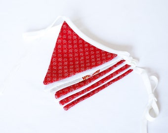 Christmas fabric banner, red white garland, Xmas bunting, holiday banner, Christmas decor with stars, mantle decoration, festive decoration