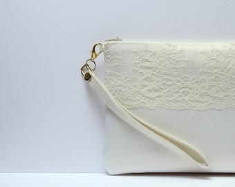 Bridal clutch Ivory Wedding bag Satin clutch Ivory  lace  Ivory Brides Purse  Ivory Lace Purse Wedding clutch Made to Order