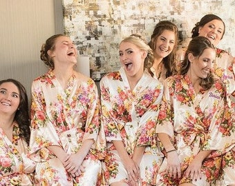 Set of 7 Silk Bridesmaid Robes, Bridesmaid Gift, Satin Bridesmaids Robes, Kimono Robes, Bridal Party Robes, Wedding Robe, Bridesmaids Robes