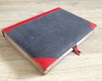 """Leather laptop sleeve for the MacBook Pro 13"""""""