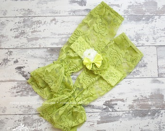 Lime Avocado Green Lace Baby Leg Warmers, Baby Girl Leg Warmers, Lace Ruffle Leg Warmers, Infant Leg Warmers, Baby Photo Prop