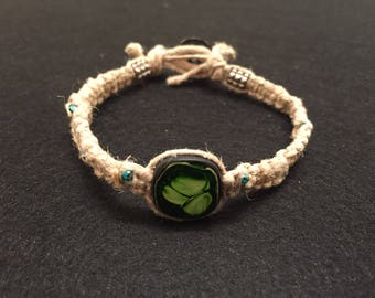 Green and black beaded hemp bracelet