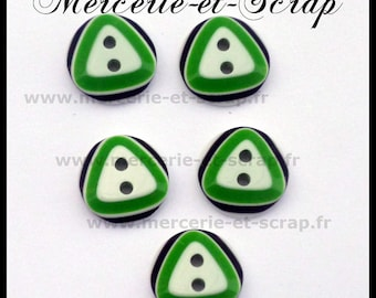 6 buttons black round 12mm fancy white triangle