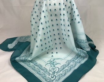 A Beautiful Vintage Rino Varese Semi Sheer Green Scarf. 26 x 26 Inches