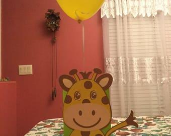 Cute Giraffe Balloon Centerpiece