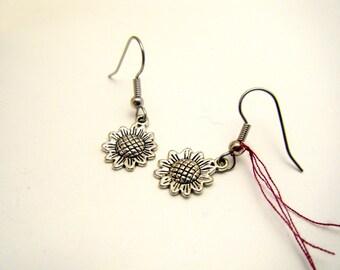 Sunflower earrings - Silver earrings - Handmade - Silver Sunflower