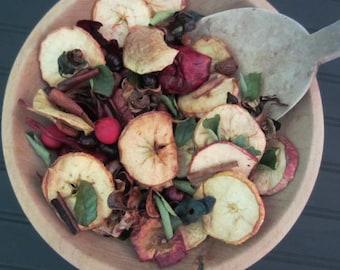Cinnamon Apple Potpourri Fixins 4 oz. / 3 Cups