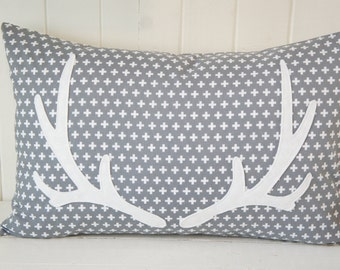 antler pillow cover, 16x24, white crosses on grey