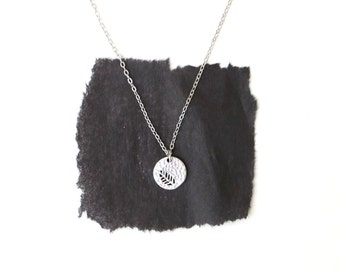 Hammered Disc Necklace - Silver Foliage