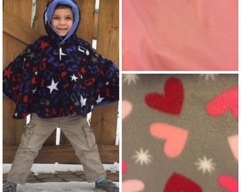 Car seat poncho, fleece poncho, carseat blanket, toddler poncho, baby poncho, carseat poncho, CPSC compliant, girl poncho, wearable blanket
