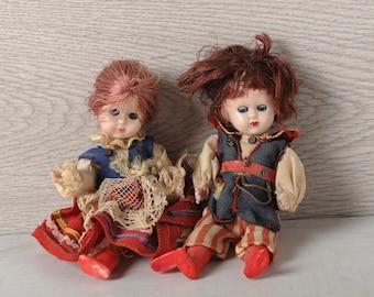 2 Small vintage dolls for decoration, folkloric dolls, Vintage children's toys, Dolls collection