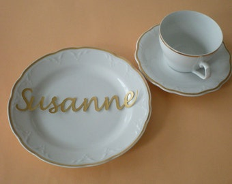 Place cards, name cards, name lettering for your wedding party