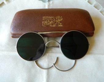 True Vintage Rare  RAF Issue aviator sunglasses  dark green glass lenses.BS 679 5GW3 on lens.Made in England.40's.