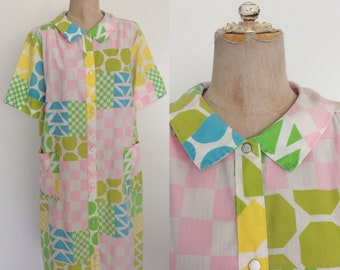 1970's Geo Print House Dress Snap Button Up Dress Size Small Medium Large by Maeberry Vintage