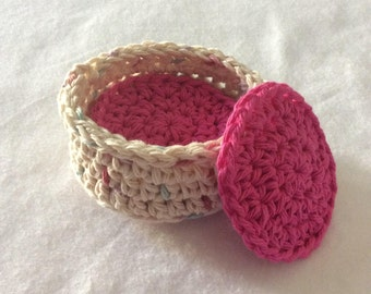 Crochet Facial Scrubby Set, 5 Facial Scrubbies with matching basket