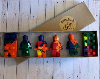 Lego inspired party Favors // Legoland // Robot Crayons // Lego Block Crayons // party bags // goodie bags // crayon box // homegrowncrayons