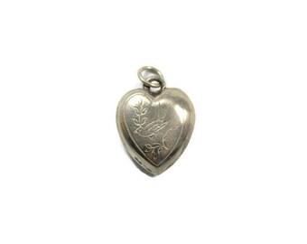 Vintage sterling silver bird heart pendant, etched heart, silver heart, bird pendant, bird and leaves, Sperabo Rose, 3D heart