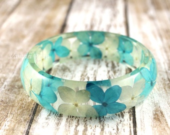 Flower Resin Bangle, Resin Bracelet, Blue Flower Bracelet, Flower Jewelry, Nature Flower Jewelry, Resin Flower Bangle, Real Flower Bangle