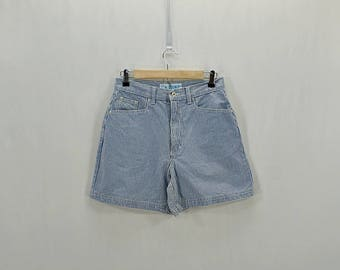 Vintage 80s 90s blue and white gingham high waist shorts // W 27