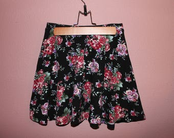 Vintage Floral Flowy Skirt
