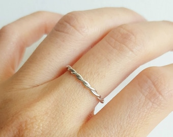 Sterling silver infinity twist ring - Sterling silver rope ring -  Sterling silver twist ring - Twist stacking ring - Sterling silver ring