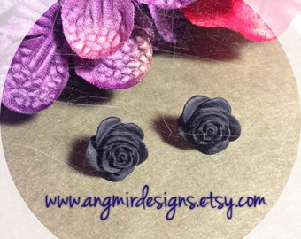Rose Stud Earrings - black