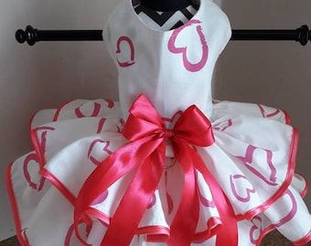 Dog DressWhite with hot pink hearts  and  trim