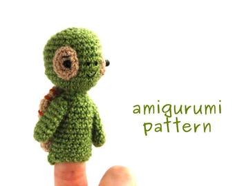 amigurumi turtle pattern, crochet finger puppet tutorial, turtle PDF, gift from grandmother, make it yourself, crochet pattern amigurumi