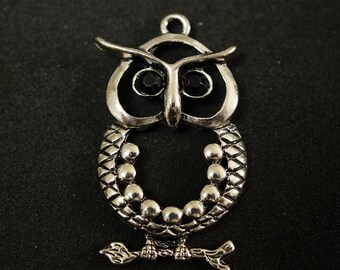 Silver METAL OWL PENDANT