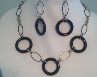 Black and Silver Circle Necklace and Earrings