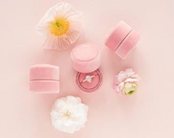 Velvet ring box - vintage style - rose / blush pink