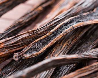 Madagascar Vanilla Bourbon Oleoresin Concentrate Natural Perfumery Scent Fragrance Material