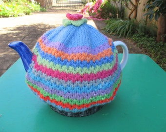 Vintage Tea Cosy - MultiColored Knitted - Vintage Style for your teapot.