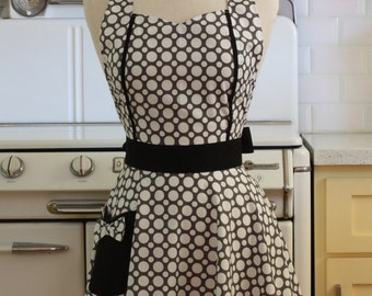Retro Apron Grey and White Dots with Black MAGGIE