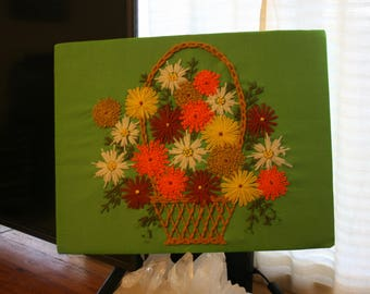 Vintage 70s crewel embroidery floral flowers