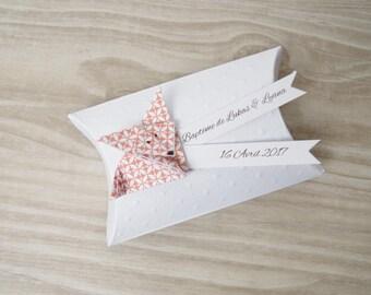 Boîte à dragées coussin + renard en origami papier orange - cadeau de remerciement invités  anniversaire, baptême, mariage