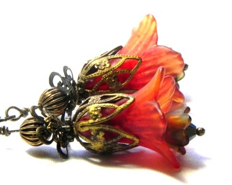 Trumpet Lucite Flower Earrings - Victorian hand painted brick orange Lily - French vintage Brass Filigree Cap
