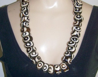 ON SALE Vintage African Bead Necklace Black and White Circles Mud Cloth design 30 inches