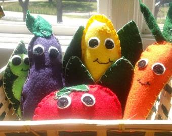Hand Sewn Plush Felt Vegetable Toy Set