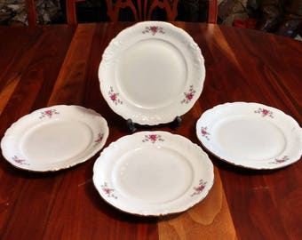 Walbrzych Rosebud Bread and Butter / Dessert Plates Set of 4 / Made in Poland