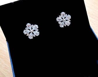 Bridesmaid Earrings Studs Wedding Gift for Mother of the Bride Gift Wedding Earrings Bridesmaids Gifts Bridal Earrings Crystal Stud Earrings