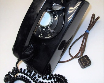 Vintage BELL Western Electric 554 Black Rotary Dial Wall Telephone May 1967