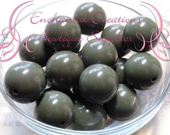 20mm Solid Camo Green Acylic Beads Qty 10