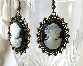 Vampire cameo earrings Gothic Victorian lolita retro