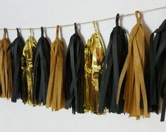 Vanderbilt Commodores, 20 Tassel Tissue Paper Garland, Vandy, Black and Gold, Football Party Decorations, Birthday Party, Balloon Tassels
