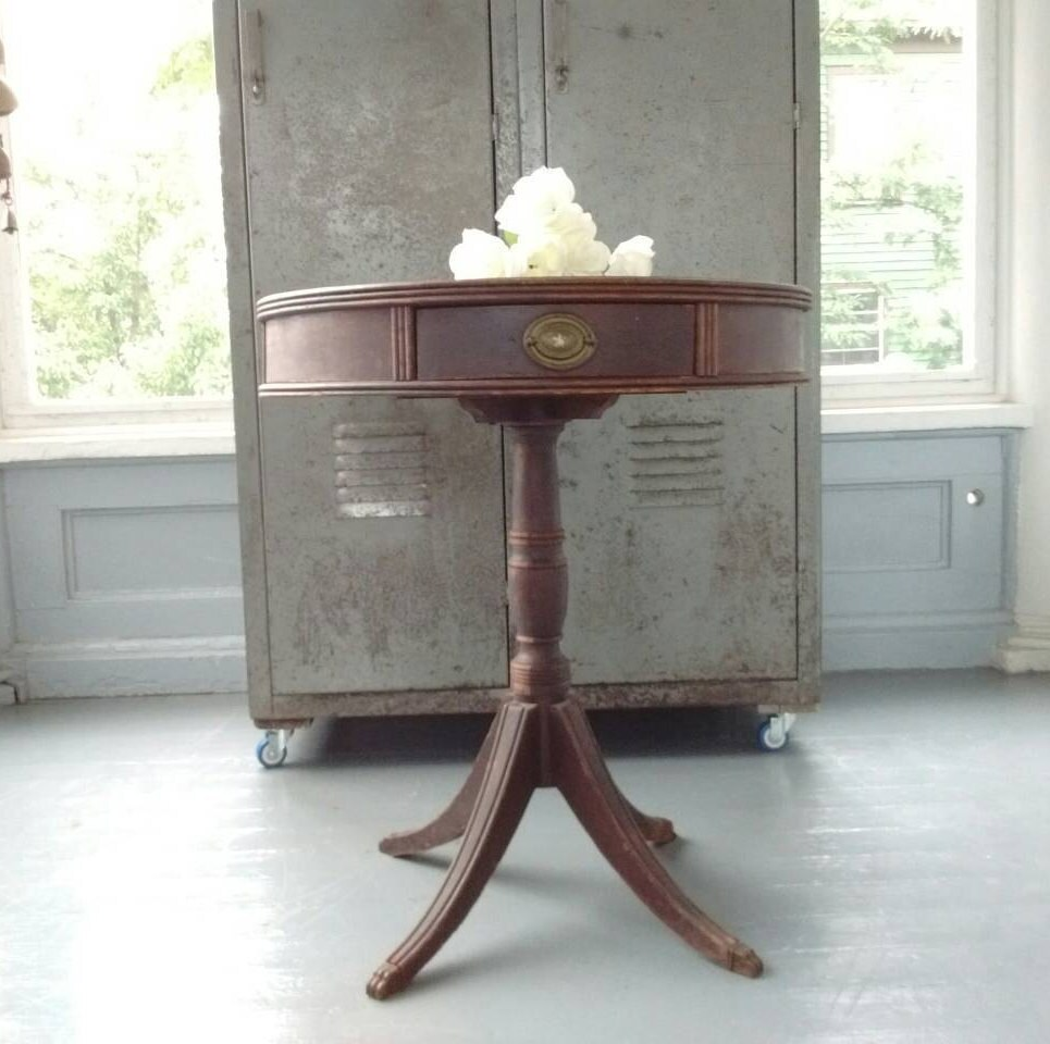 Antique entrance table drum table pedestal table end table lamp antique entrance table drum table pedestal table end table lamp table claw foot table wood round rhymeswithdaughter mozeypictures Images